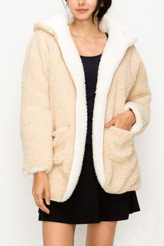 Reversible Fluffy Faux Fur Coat Beige/Ivory