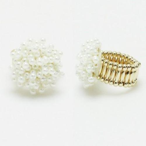 Cluster Pearl Stretch Ring
