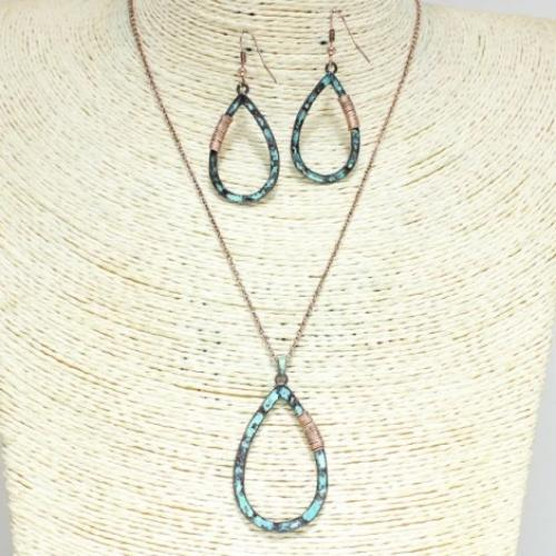 Hammered Teardrop Pendant Necklace Set Patina