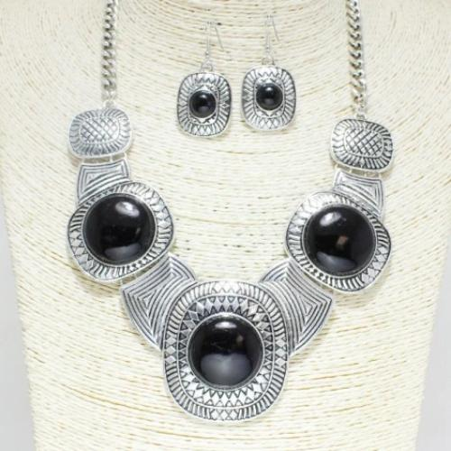 Antique Look Silver Statement Necklace Set Black