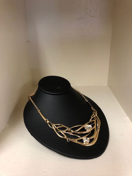 Low Profile Necklace Display Bust Leather