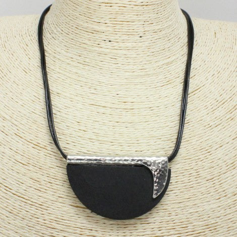Hammered Metal & Wooden Necklace