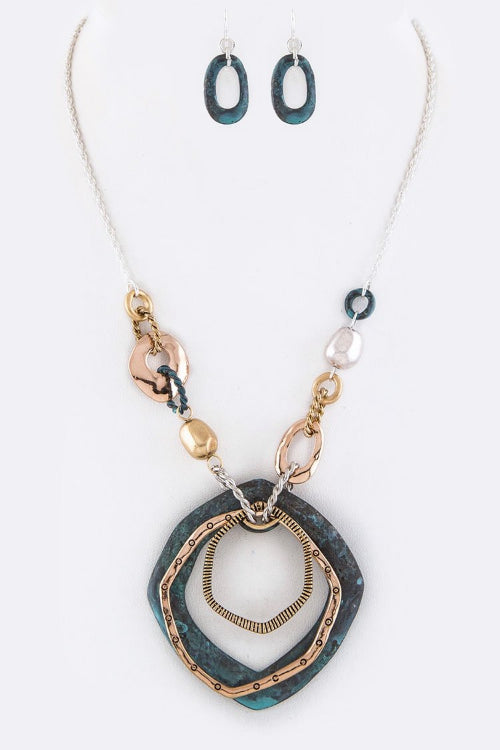 Mixed Metal Hoops Pendant/Necklace Set