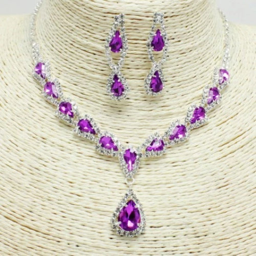 Stunning Rhinestone Necklace Set