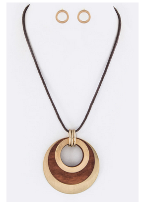 Layer Metal & Wooden Disks Necklace Set