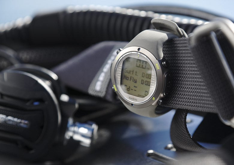 SUUNTO D6i NOVO STEALTH WITH USB - Dawson Sports