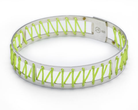Kisses String Bangle - Green