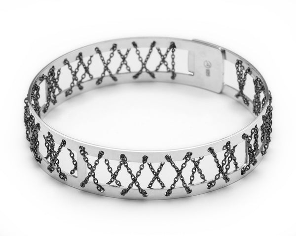 Kisses Silver Bangle