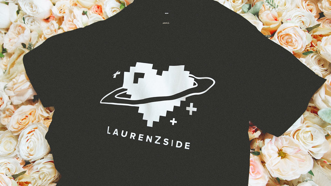 LAUREN Z SIDE® | HEART LOGO TEE (BLACK)