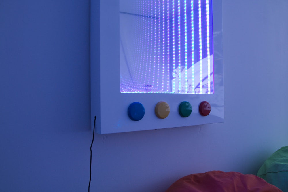 Interactive Infinity Wall Panel with dice/remote control