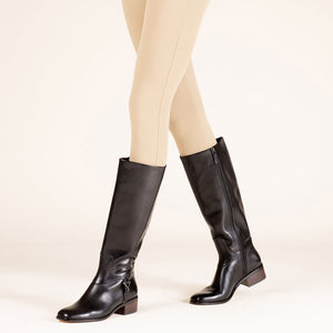 etienne aigner ryker boot black on figure