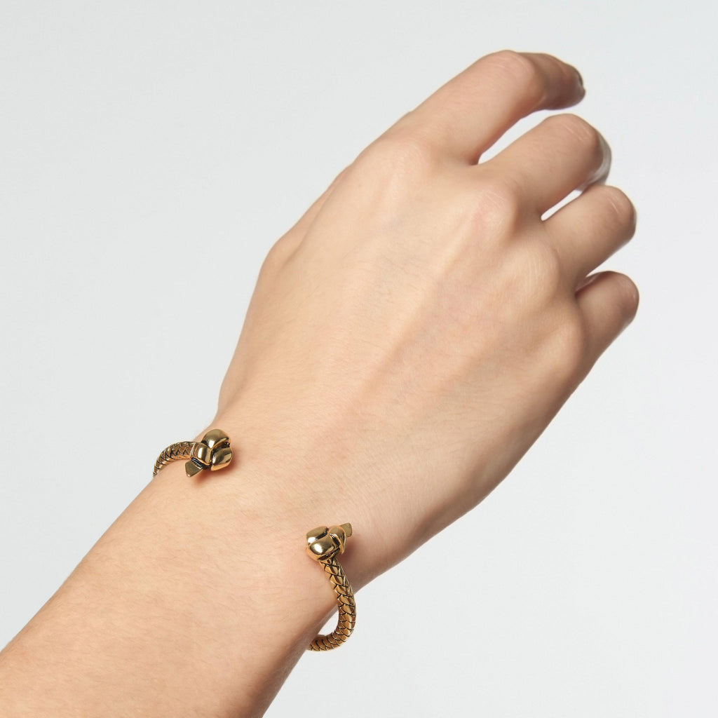 KNOTTED CUFF BRACELET - Etienne Aigner