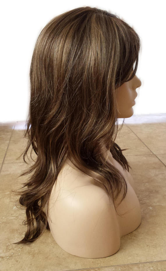 Forever Young Vintage Vixen Wig Color 81524bhl Highlighted Wavy
