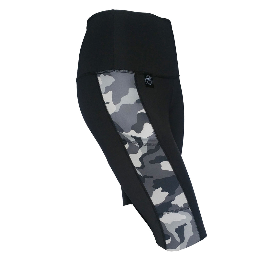 Pocket Knee Short, Grey Camo