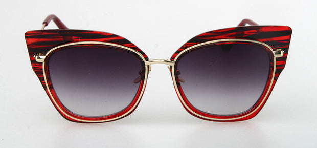 Thick Framed Cat Eye Sunglasses