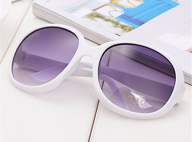 Fashion Plastic Framed Oversized Retro Round Sunglasses