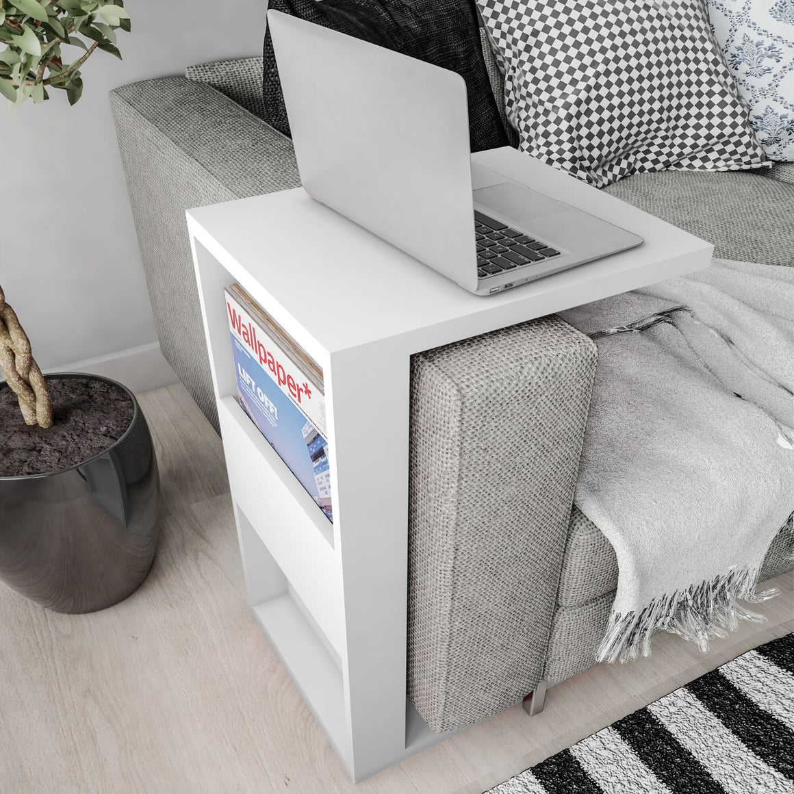 Marine Modern End Table with Magazine Shelf in White