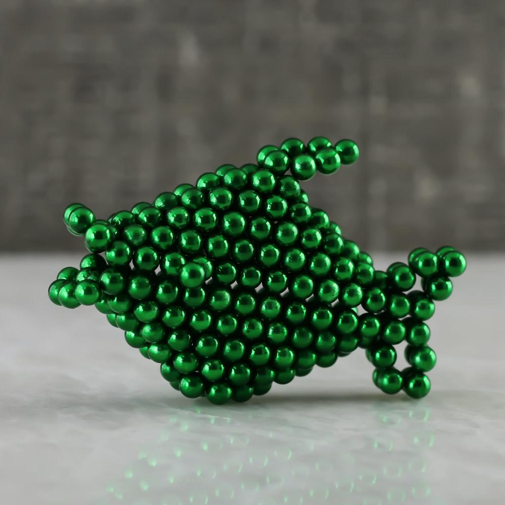 green neoballs sculpture magnet spheres