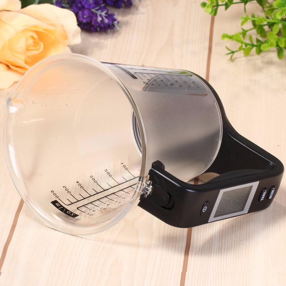 Digital Measuring Cup and Scale