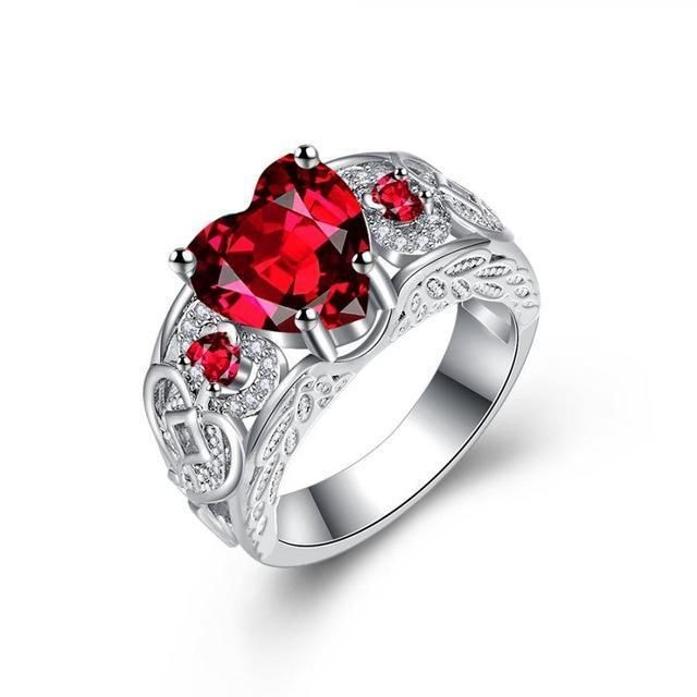 Queen of Hearts Steel Ring