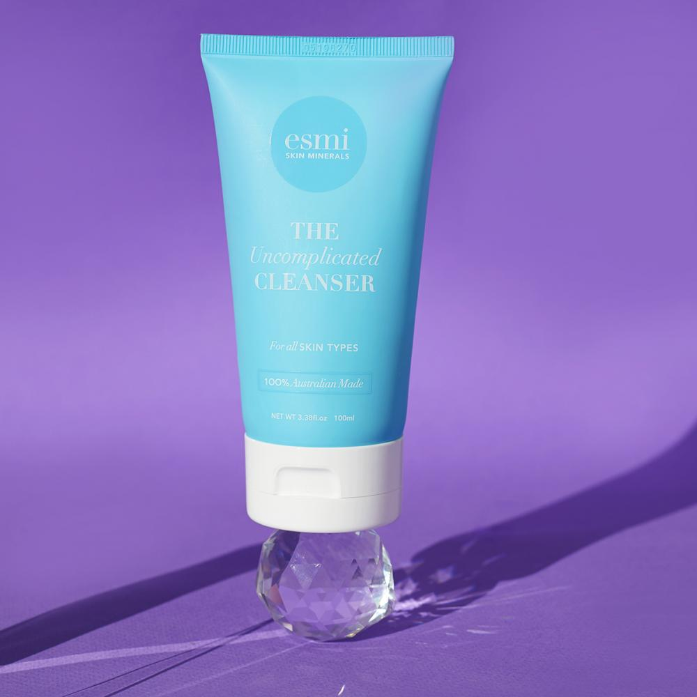 Esmi - The Uncomplicated Cleanser