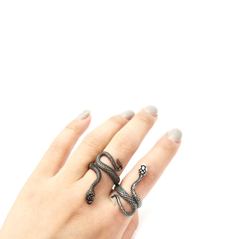KIKICHIC Black Snake Adjustable Ring, Serpent Black Ring Wrapping Around, Stainless Steel Snake Ring, Silver and Black Snake Ring, Statement Snake Ring, Vintage Snake Ring