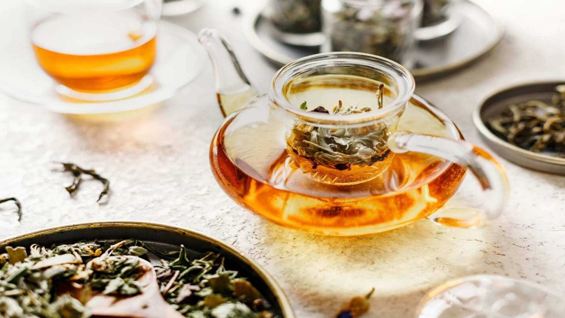 6 Benefits of Adding Loose Leaf Tea  To Your Daily Routine