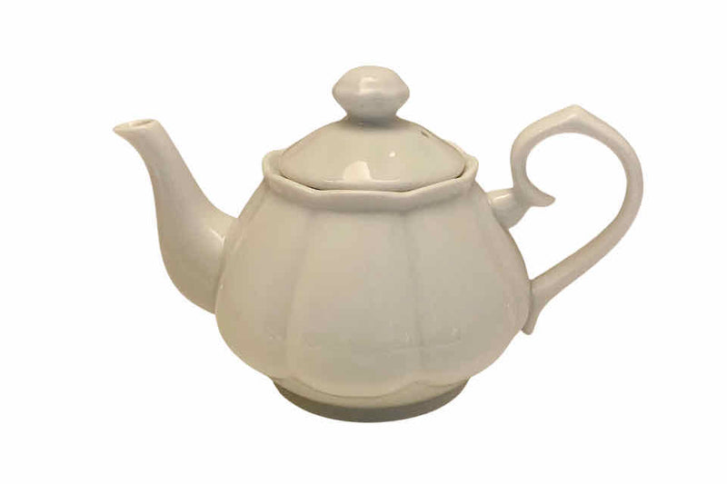 Queen Anne Teapot. The Tea Time Shop