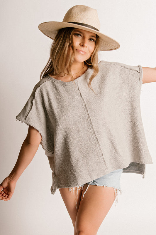 SERENE PONCHO-TAUPE