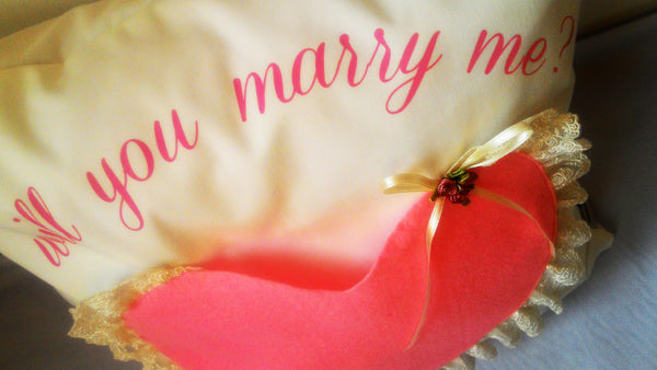 Proposal Cushion, Proposal Cushion with pocket for Ring