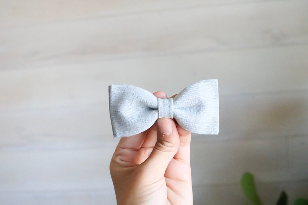 Light Chambray Linen Bow Tie