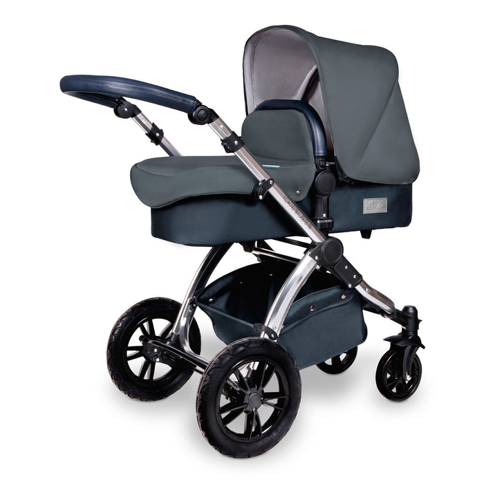 Ickle Bubba Stomp V4 Special Edition i-Size Travel System with ISOFIX Base - Blueberry/Chrome - Pushchair Expert