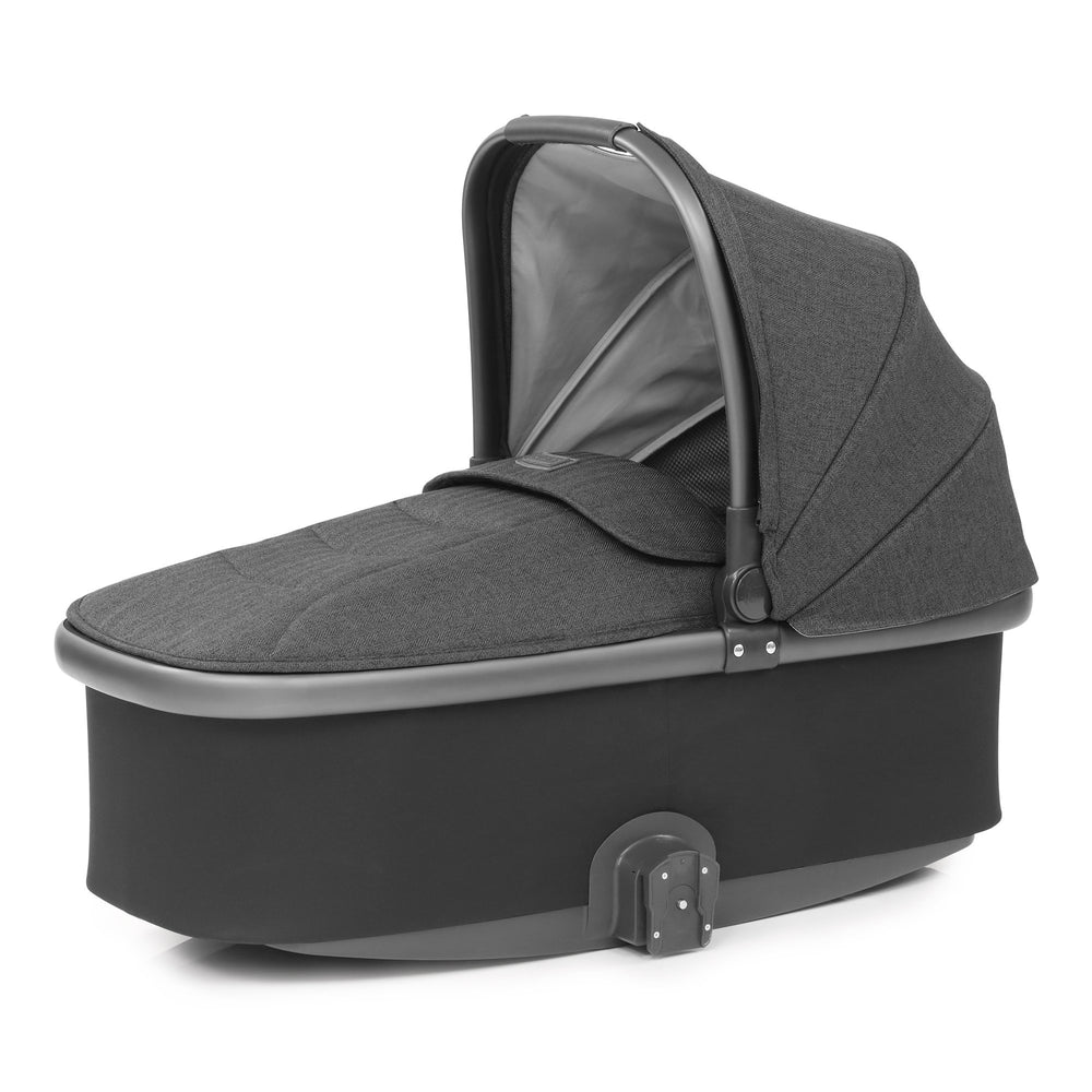 BabyStyle Oyster 3 Pepper Carrycot - Pushchair Expert