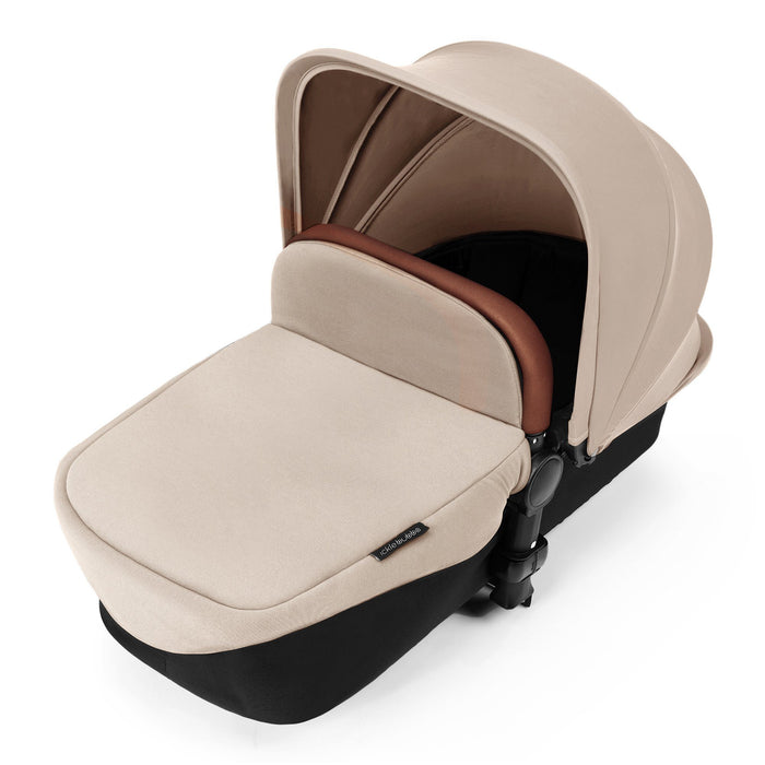 Ickle Bubba Stomp V3 i-Size Travel System with ISOFIX Base - Sand on Black