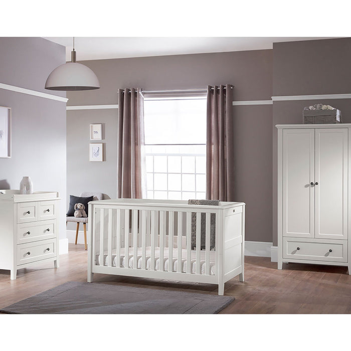Silver Cross Nostalgia White Cot Bed and Dresser - Pushchair Expert