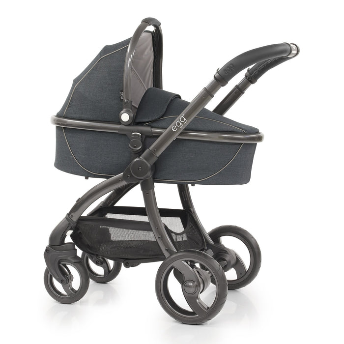 egg Stroller Carbon Grey Luxury Bundle with Maxi-Cosi Pebble+ and base