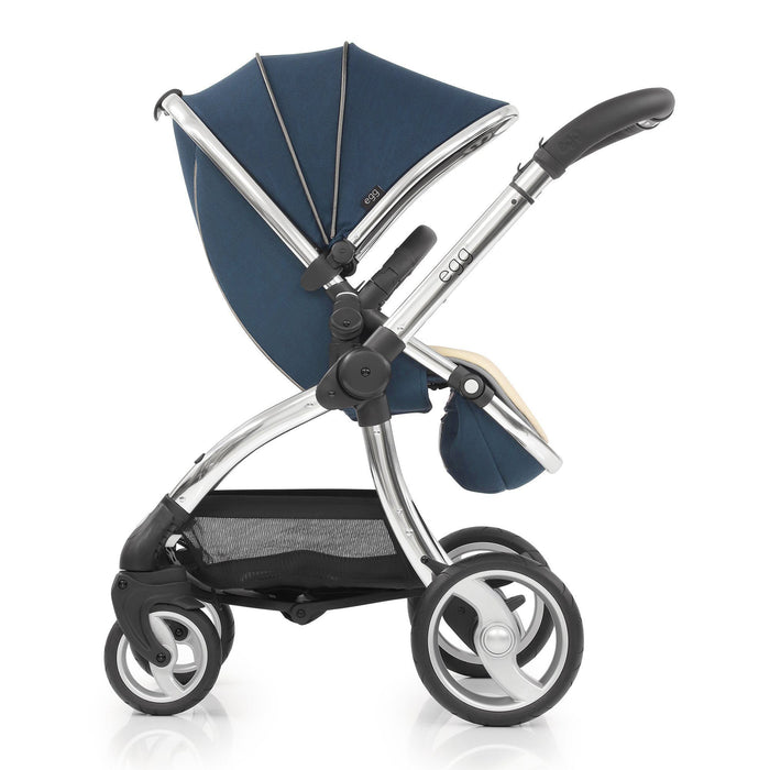 egg Stroller Deep Navy with Cybex Cloud Z and base