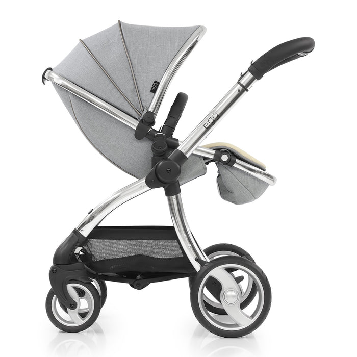 egg Stroller Platinum with Cybex Cloud Z and base
