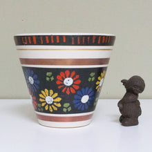 Dümler & Breiden, West Germany: Plant Pot with Colourful Floral Decor