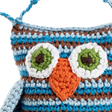 Pebble Rattle – Owl Blue Face