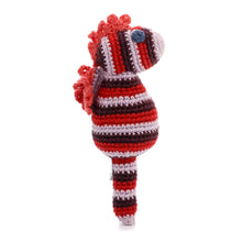Pebble Rattle – Seahorse Red 2