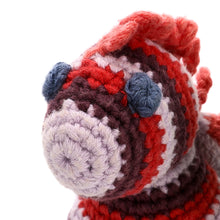 Pebble Rattle – Seahorse Red 3