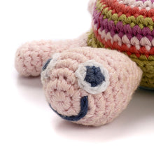 Pebble Rattle – Turtle Pink 3