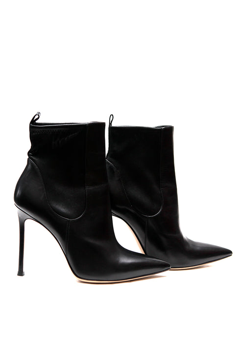 Luxury GIANVITO ROSSI Black Pointed Boots