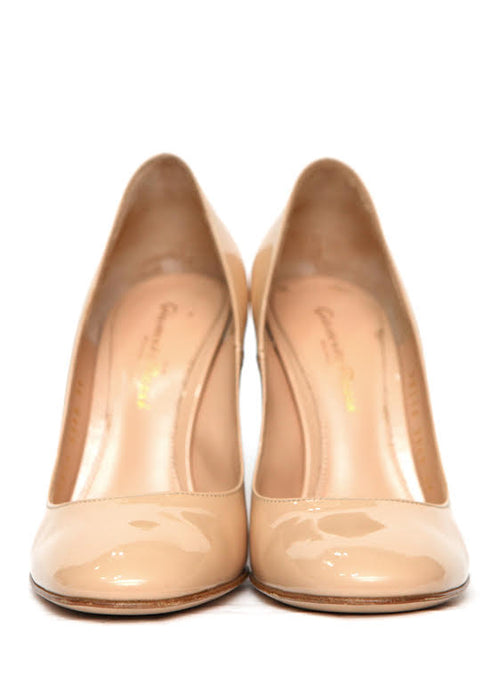Front view of Luxury GIANVITO ROSSI Beige patent pumps