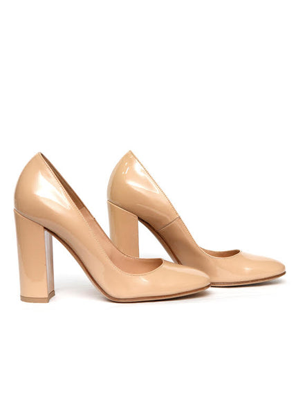 Luxury GIANVITO ROSSI Beige patent pumps