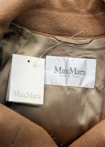 logo on Luxury MAX MARA Beige Wool Trench