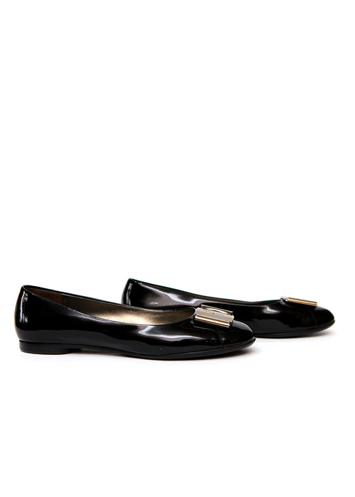 Right view of pre owned SALVATORE FERRAGAMO Black Ballet Flats
