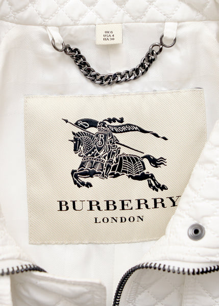 logo on Luxury BURBERRY White Coat