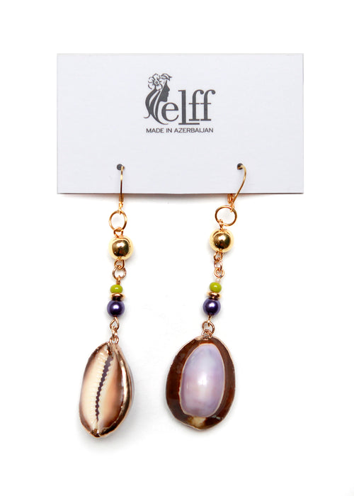 Pendant earrings with violet shell